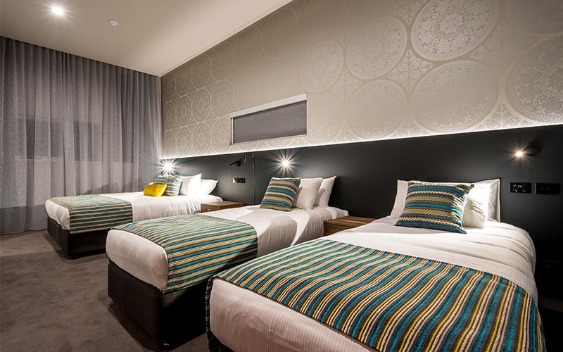 elite gold coast family rooms 1